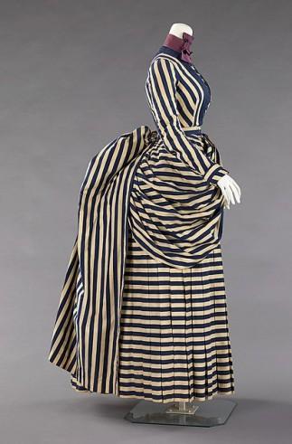 Walking dress, 1885-1888. Metropolitan Museum of Art, 60.38.7