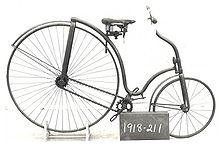 McCammon safety bicycle, 1884. Science Museum via Wikimedia Commons.